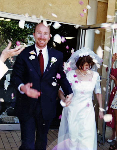 Craig and Colleen Dunning leaving their wedding reception on August 7, 1999.